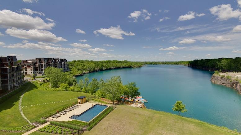 Condos avec vue sur le lac