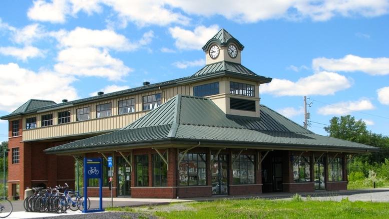 Gare Mont Saint Hilaire